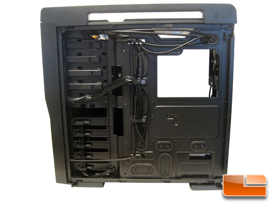 Thermaltake Level 10 GT Full Tower wire management system