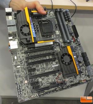 GIGABYTE Dual Thunderbolt Intel Motherboard