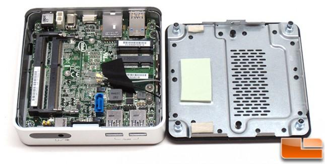 intel-D54250WYK-inside
