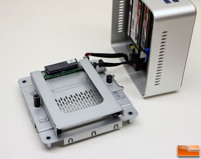 Intel NUC KIT D54250WYKH Review - Finally a 2 5-Inch Drive Fits