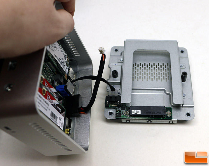 Intel NUC KIT D54250WYKH Review - Finally a 2 5-Inch Drive