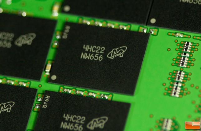 Crucial MX100 512GB NAND