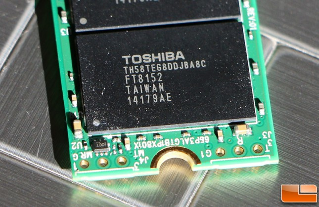 Toshiba TH58TEG8DDJBA8C NAND