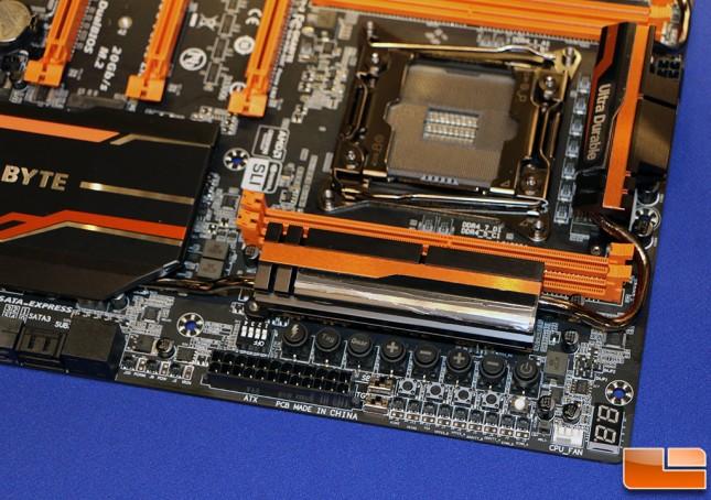 Gigabyte GA-X99-SOC Force LN2 Motherboard OC Buttons