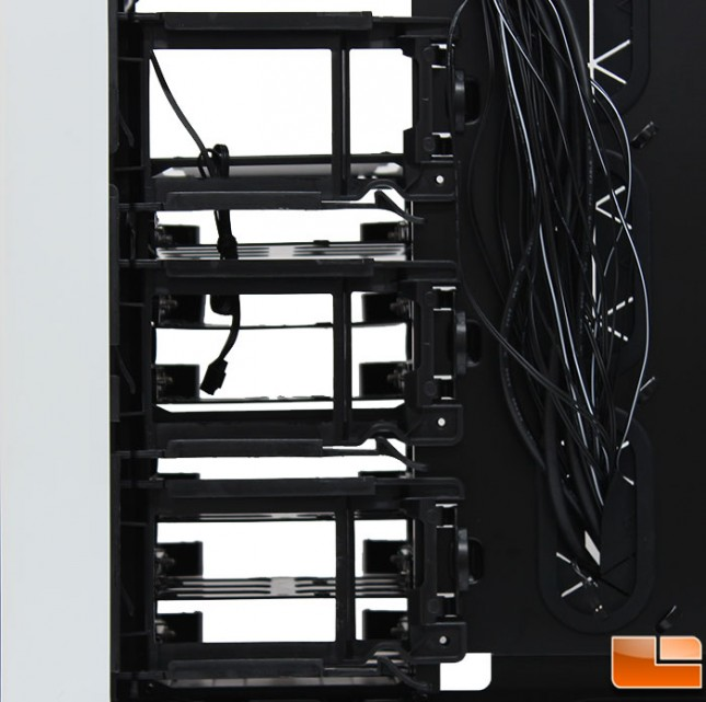 Corsair-Graphite-780T-Internal-25-Trays