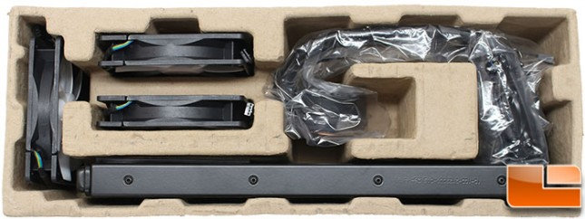 Thermaltake-Big-Water-3-Packaging-Internal