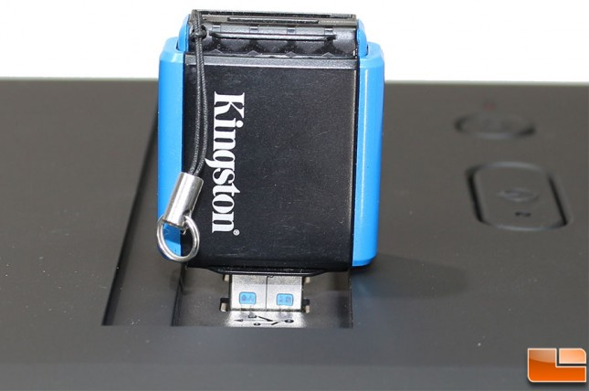 Rosewill-B2-Spirit-Build-Kingston-Media-Reader-Spacing