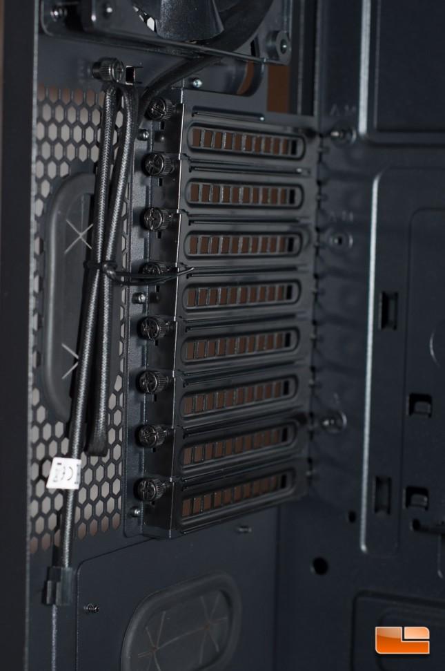 Thermaltake Core X71 - Expansion Slots
