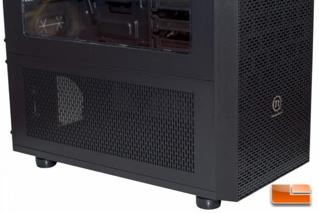 Thermaltake Core X71 - Bottom View