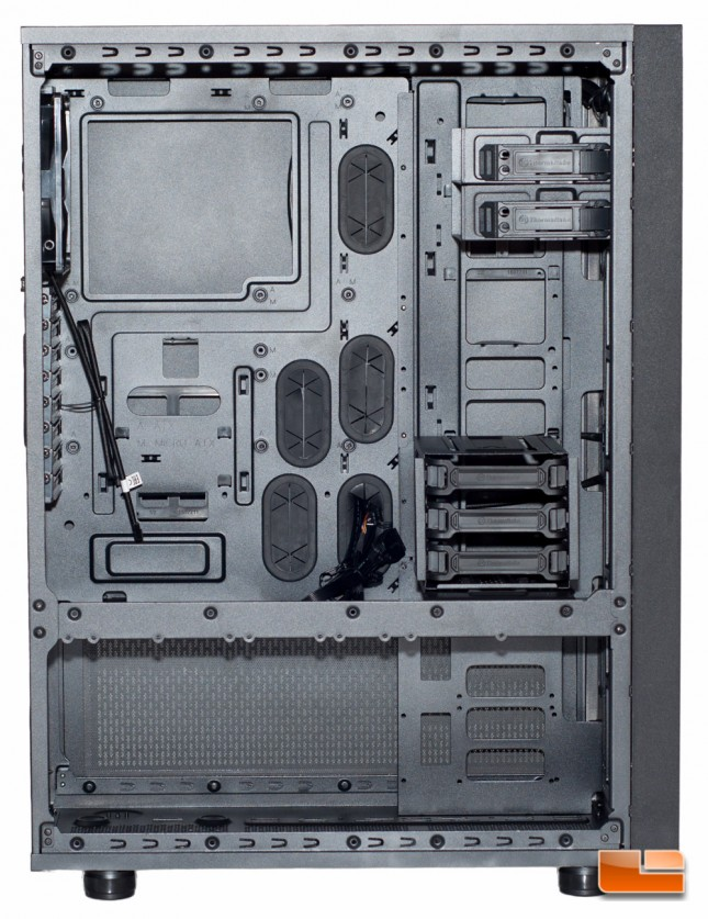 Thermaltake Core X71 - Bracket Removed