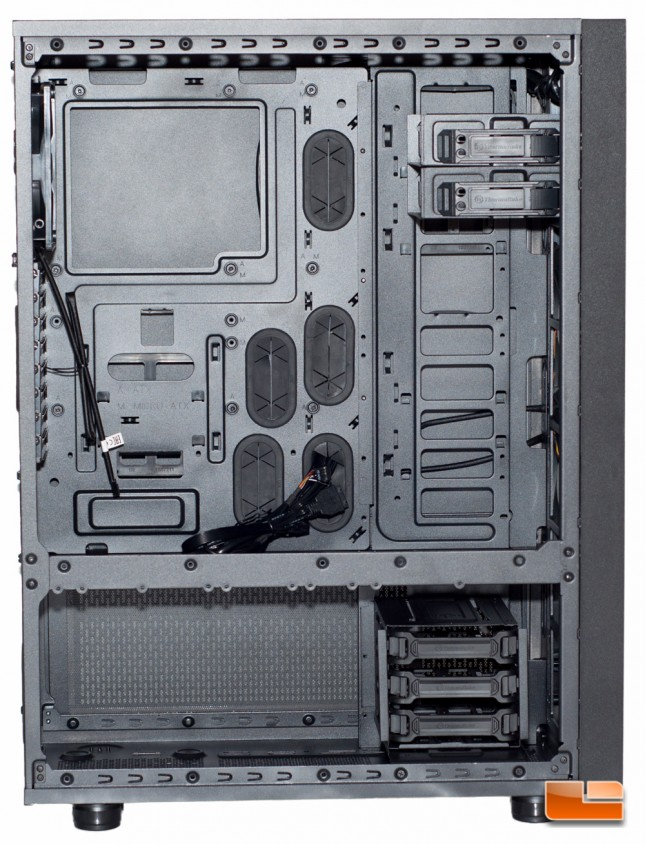 Thermaltake Core X71 - HDD Cage Moved