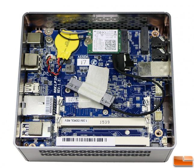 BRIX GB-BSi7-6500 Inside