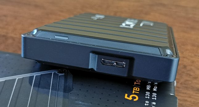 WD P10 Game Drive USB Port