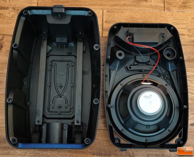 iLive ISB380B Tailgate Speaker Inside