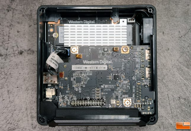 WD_BLACK D50 Game Drive Inside