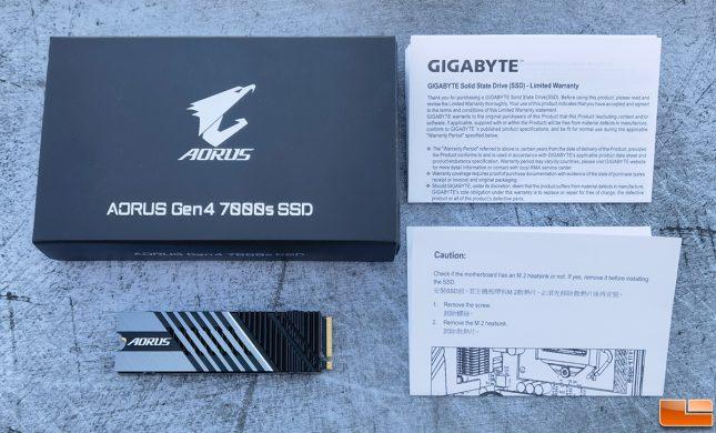 Gigabyte AORUS Gen4 SSD Retail Package Accessories